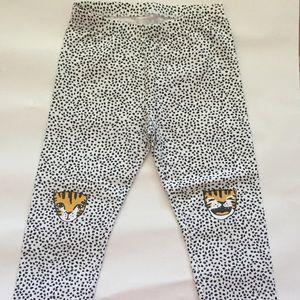 Cat & Jack 🌈 Capri Graphic Leggings